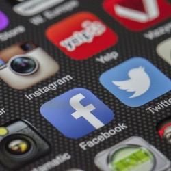 Social Media Logos und Buttons